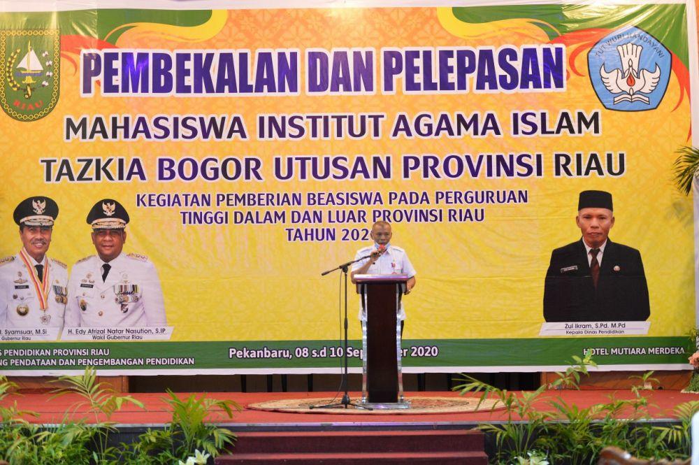 115 Mahasiswa Terima Beasiswa di IAI Tazkia Bogor