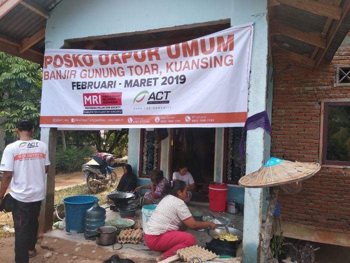 ACT Riau Buka Dapur Umum Untuk Korban Banjir Kuansing