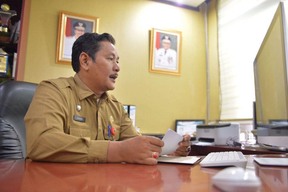 Asisten I Setdaprov Riau Hadiri Pameran/Unjuk Karya Praktik Baik Program PINTAR Tanoto Foundation Secara Virtual