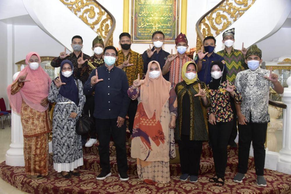 Bagian Dari Literasi Kreatif, JELITA Riau Kunjungi Lokasi Event Festival Sungai Bukit Batu