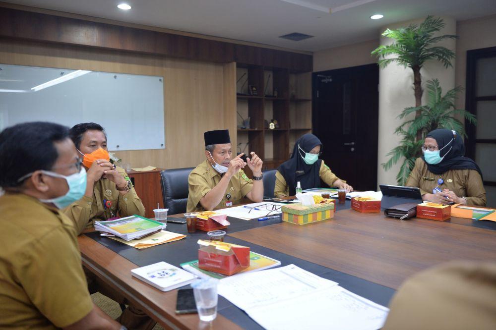 Bahas Layanan Unggulan Stroke Menuju Rumah Sakit Khusus Otak, Plh Sekdaprov Riau Rapat Bersama Dirut RSUD Petala Bumi