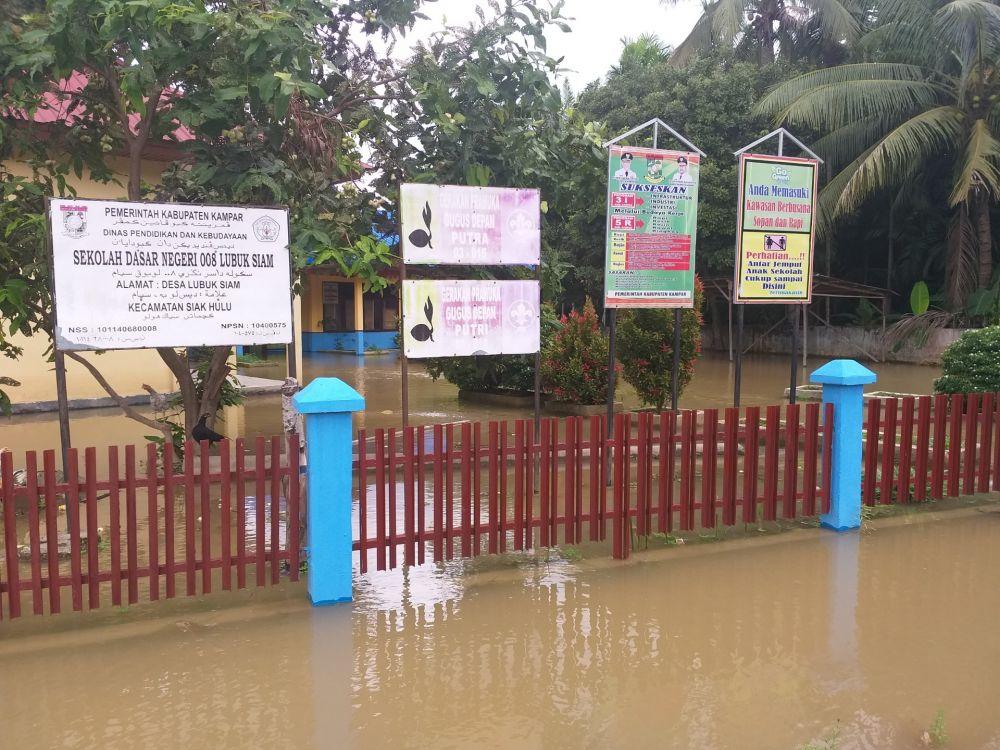 Banjir Landa Desa Lubuk Siam, Warga Minta Perhatian Pemerintah Riau