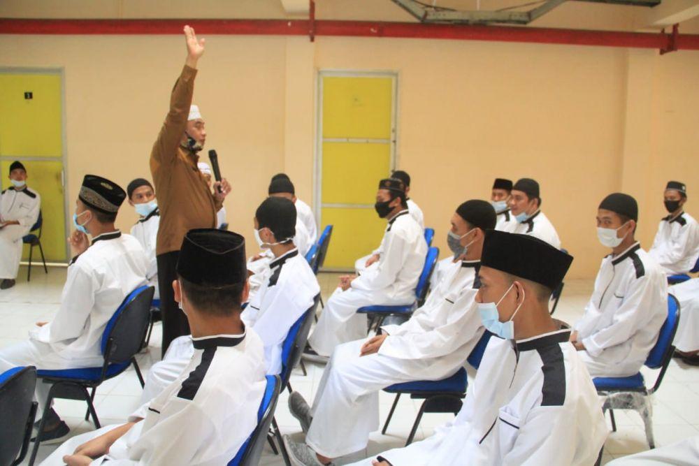 Baznas Riau Apesiasi Program Pesantren Mahasiswa Unilak