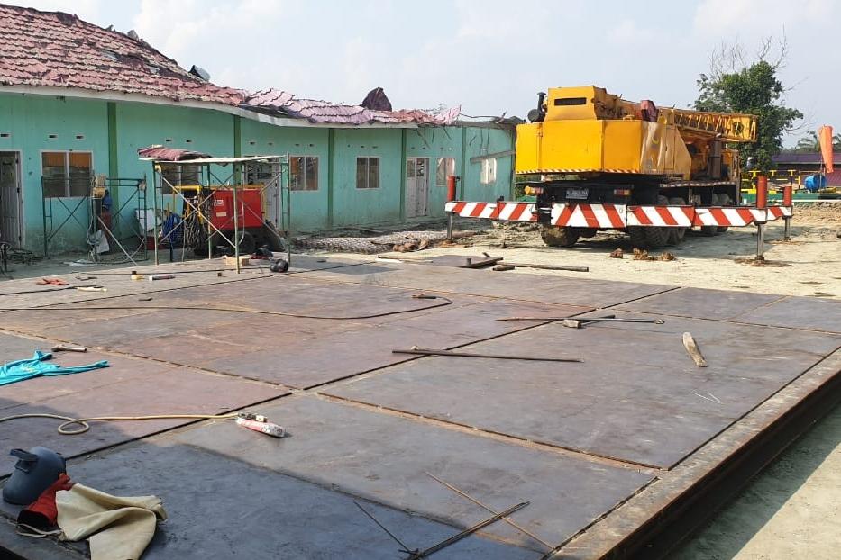 Bekas Lubang Semburan Lumpur di Ponpes Al Ihsan Pekanbaru Ditutup Dengan Cover Plate