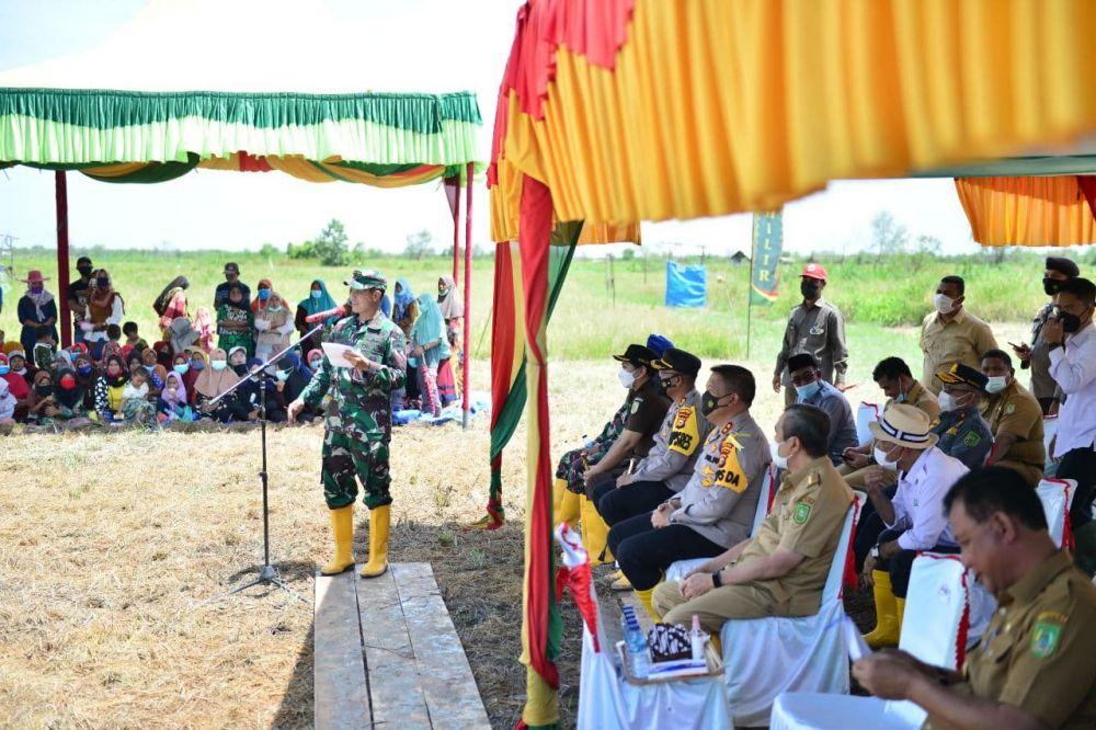 Dandrem 031/Wira Bima Yakin Rohil Jadi Daerah Unggul Pertanian