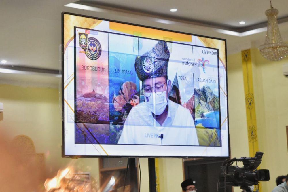 Diminta Kembali Buka Penerbangan Internasional di Riau, Ini Jawaban Sandiaga Uno