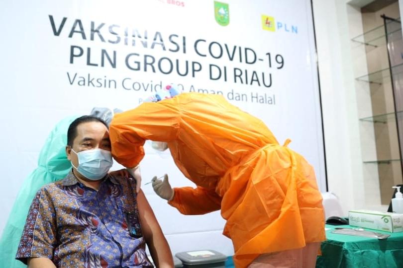 Dinas Kesehatan Riau dan PLN Group Laksanakan Vaksinasi COVID-19 Tahap Kedua