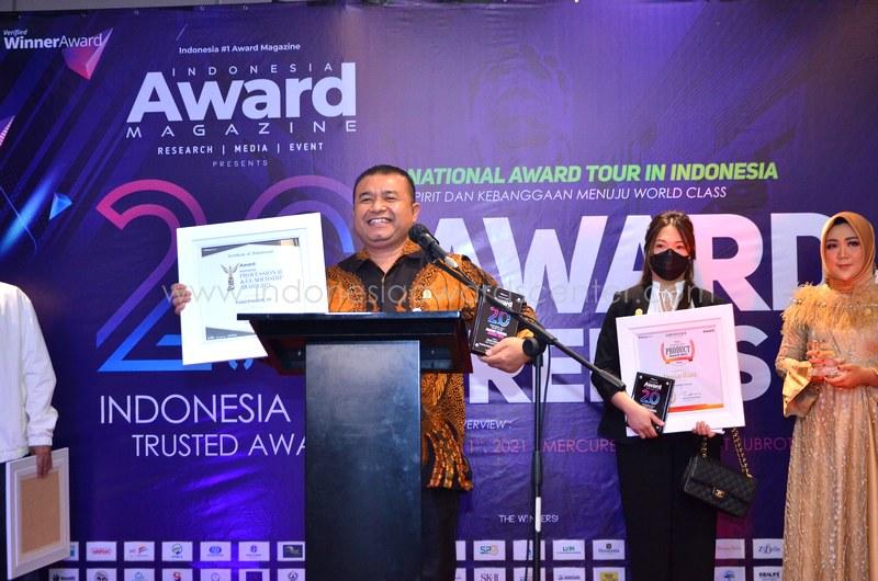 Direktur PT SPR Raih Penghargaan Inspiring Professional and Leadership