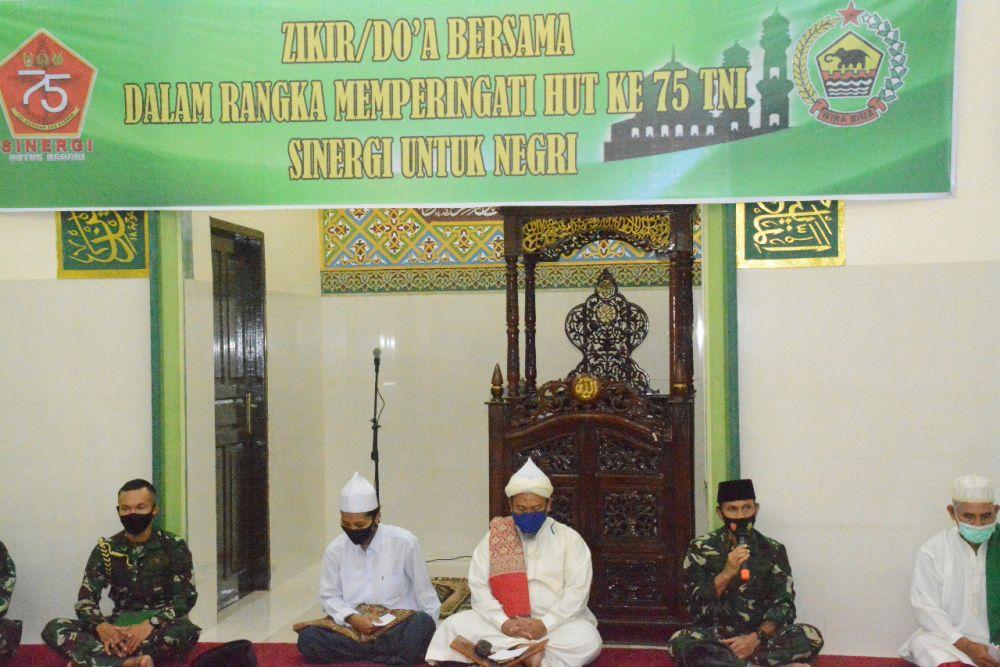 Gelar Zikir Bersama, Danrem 031/WB Mendoakan Riau Segera Bebas Dari Covid-19