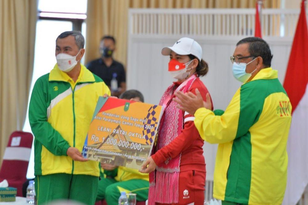 Gubernur Riau : Kesuksesan Leani Ratri Bawa Semangat Baru