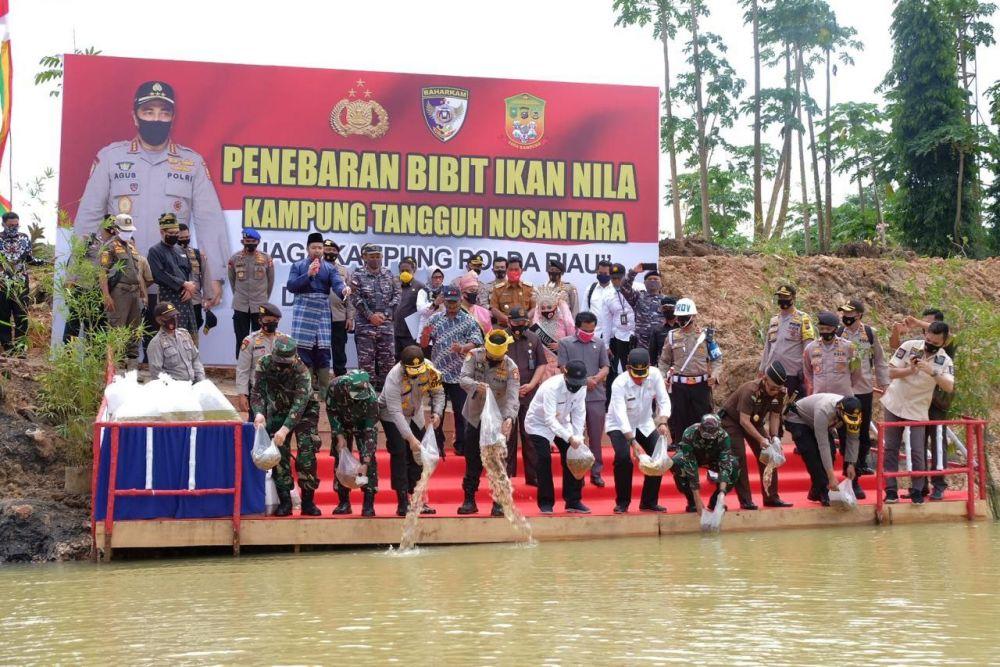 Gubri Puji Keberhasilan Program Kampung Tangguh Nusantara