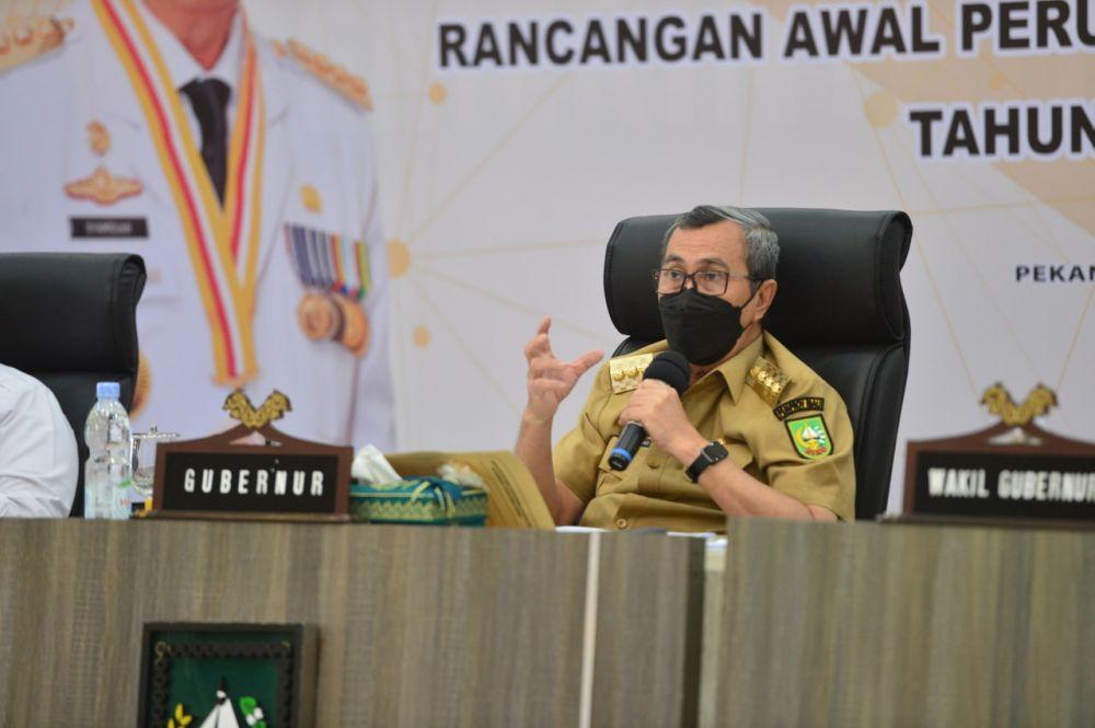 Gubri Sampaikan Dua Dasar Perlunya Lakukan Perubahan RPJMD Provinsi Riau 2019-2024