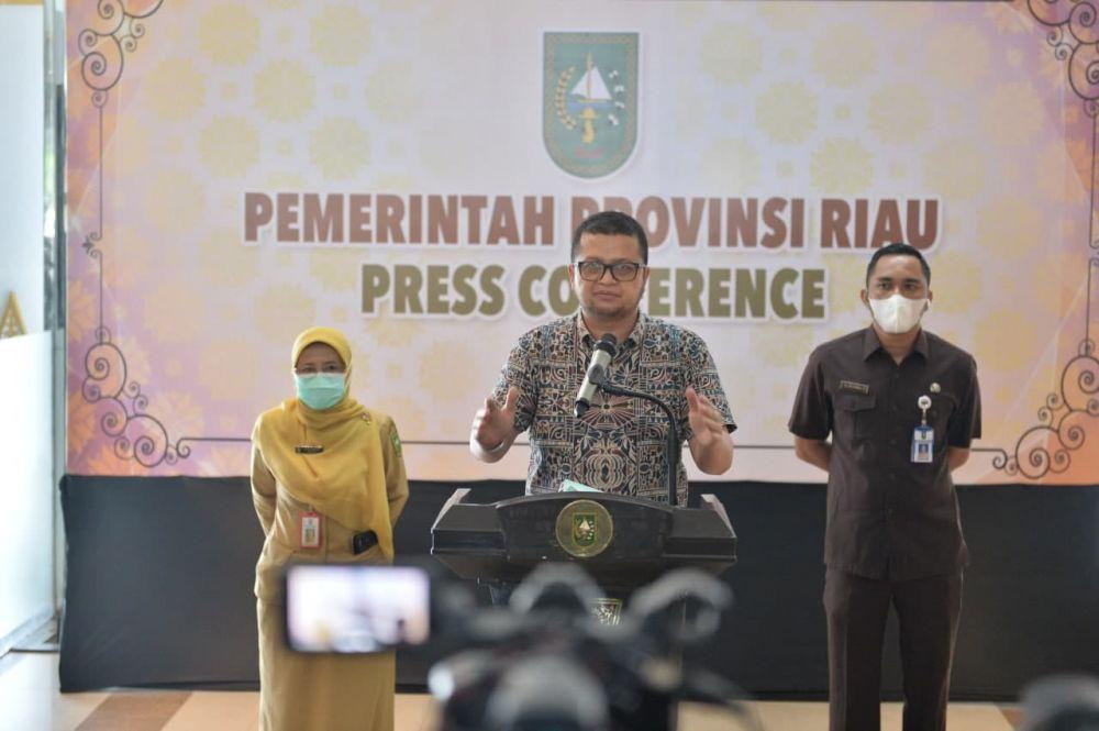 Isolasi di Rumah Sakit, Kondisi Gubernur Riau dan Istri Stabil