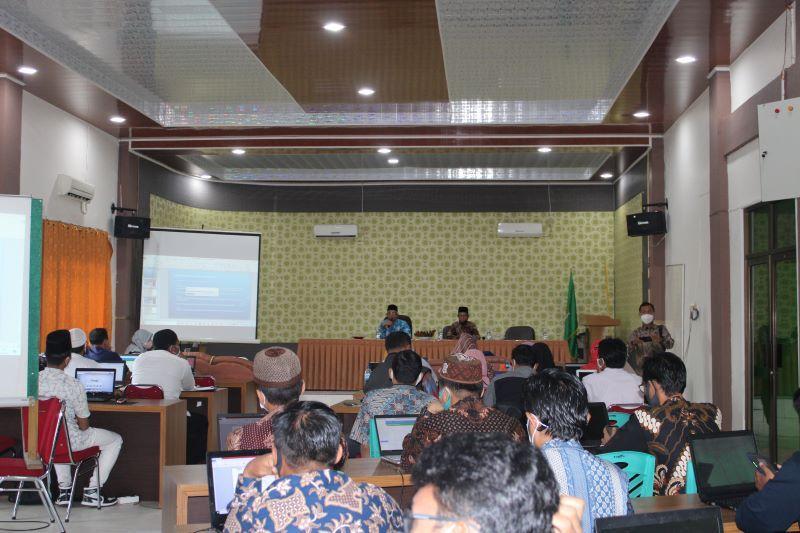 Kanwil Kemenag Riau Gelar Sosialisasi Data EMIS