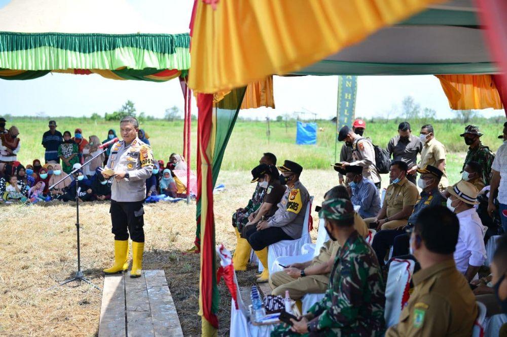 Kapolda Riau: Produktivitas Pertanian Ditentukan Oleh Produksi, Distribusi dan Stok Beras