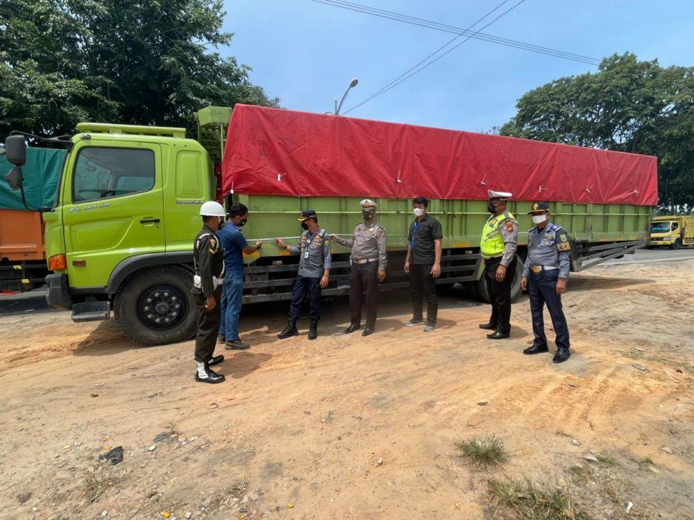 Kendaraan Yang Ditindak di Dumai Meningkat,  82 Truk Ditilang Dalam Razia Hari Kedua