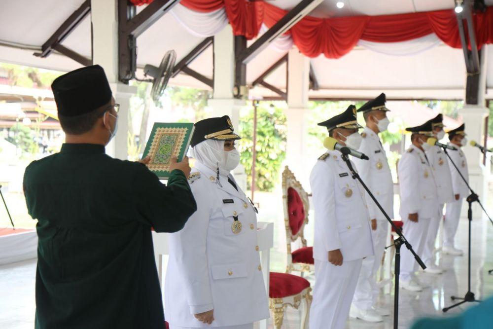 3 Kepala dan Wakil Kepala Daerah Resmi Dilantik, Gubri Tekankan Penanganan Karhutla