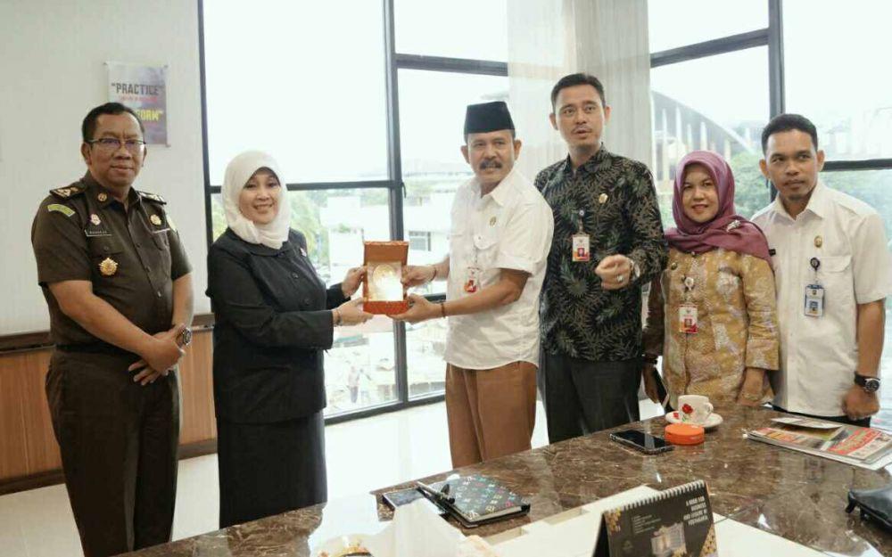 KI Riau Lakukan Kunjungan ke Kajati Riau