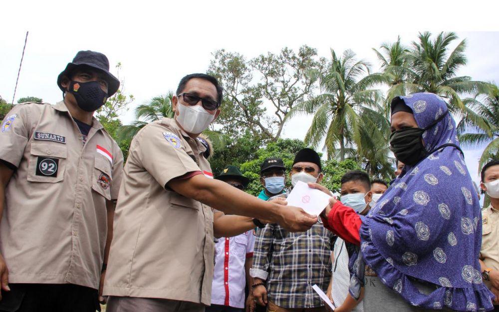 Komunitas Pehobi Mobil Penjelajah Santuni Anak Yatim dan Fakir Miskin Di Siabu Kampar Riau