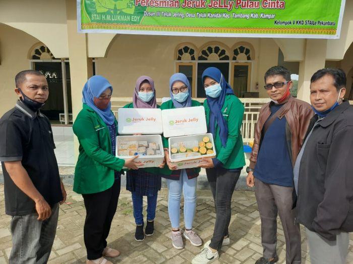 Kreatif, Mahasiswa KKD STAI Lukman Edy Pekanbaru Ciptakan Produk Jeruk Jelly Khas Teluk Jering
