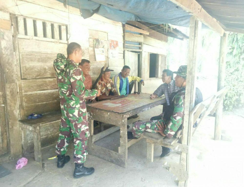 Masyarakat Desa Sei Kuning Diedukasi tentang Bahaya Dampak Karhutla