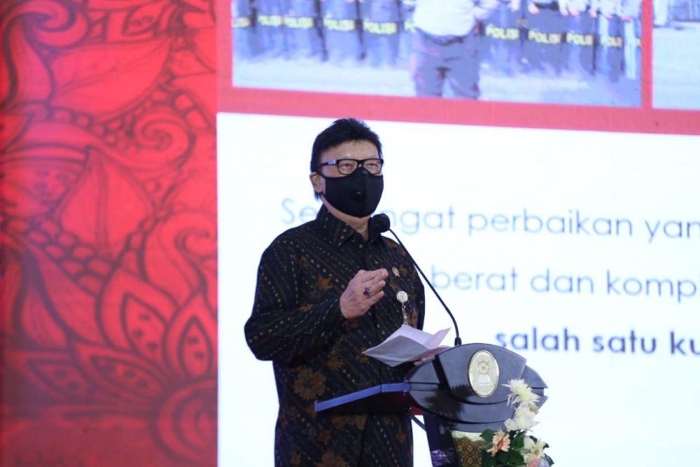 Menteri PANRB Usulkan Pemecatan PNS Tersangkut Jual Beli Vaksin COVID-19