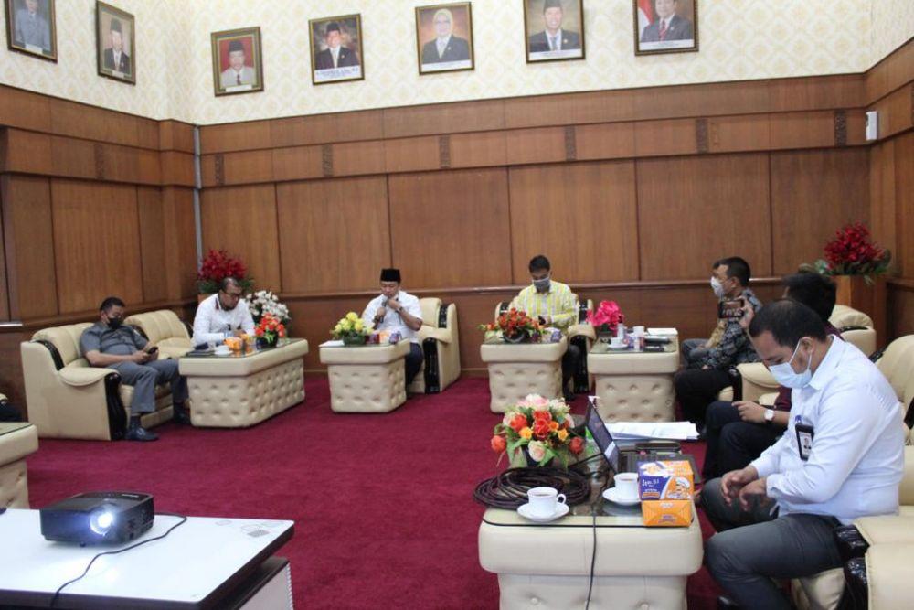Ombudsman RI dan DPRD Riau Koordinasikan Pengawasan Pelayanan Publik