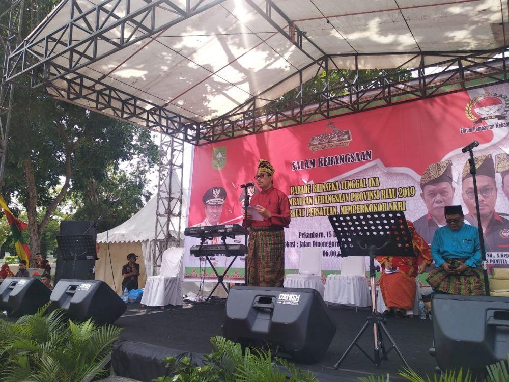 Parade Bhineka Tunggal Ika Riau Hadirkan Budaya Nusantara