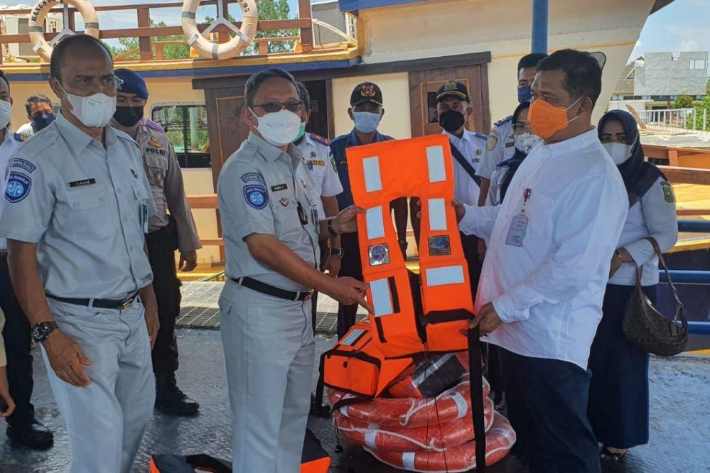 Pastikan Keselamatan Penumpang, Kadishub Riau Tinjau Pelabuhan Mengkapan Buton