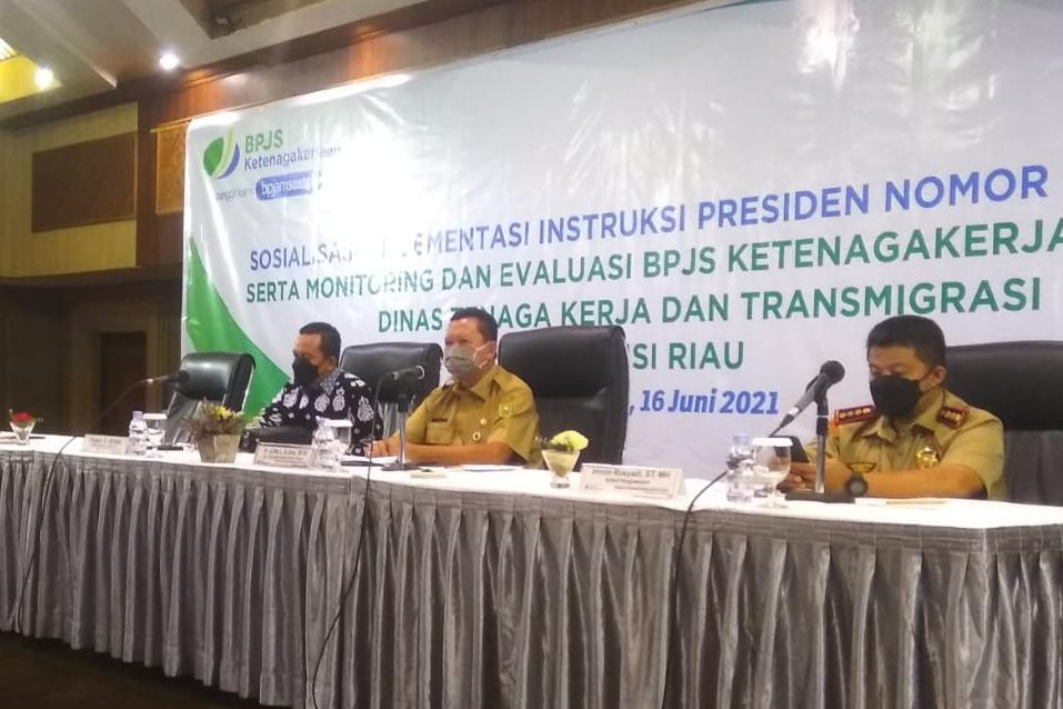 Pemprov Riau Dukung Inpres Jaminan Sosial Ketenagakerjaan