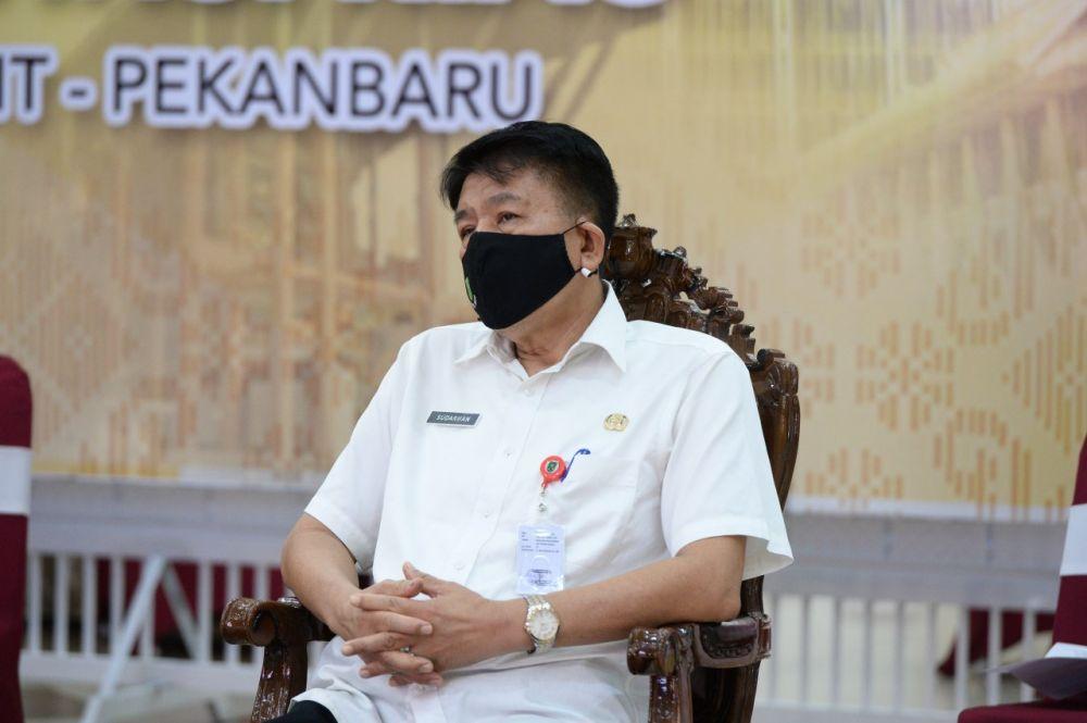 Pemprov Riau Terima SK Pemberhentian 6 Anggota Dewan