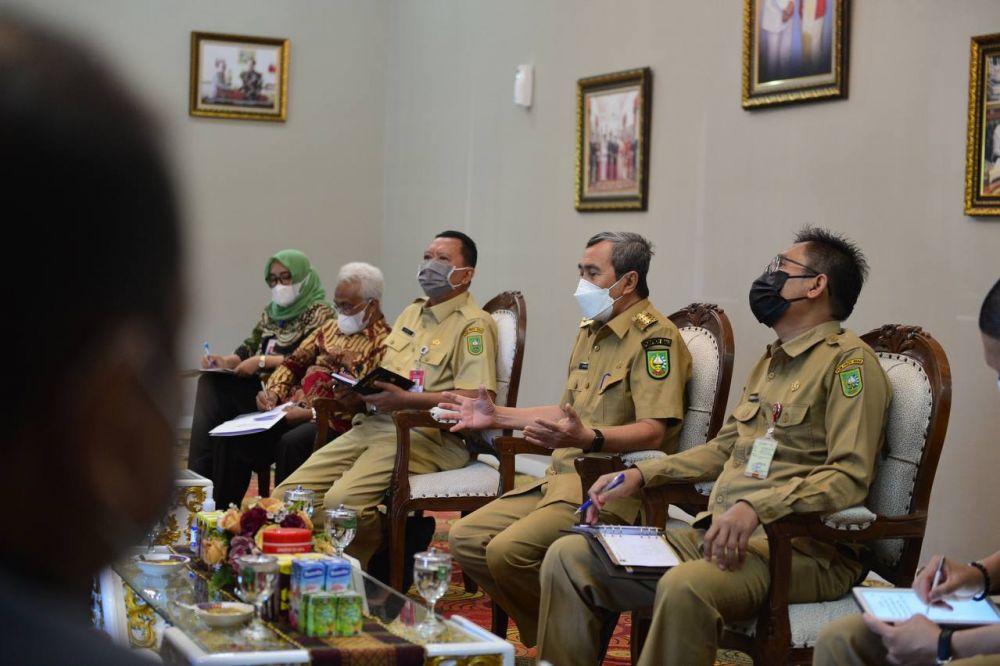 Pertemuan Bersama Komisaris BUMD, Gubri Ajak Perusahaan Gali Potensi Riau