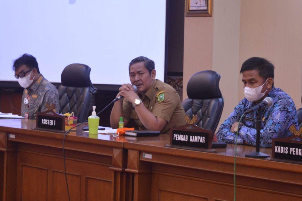 Pimpin Rapat Masalah Lahan, Asisten I Setdaprov Riau Harap Aktivitas Perusahaan Lancar dan Masyarakat Sejahtera