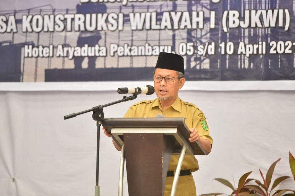 Pj Sekdaprov Riau: Penyediaan Infrastruktur Berkualitas Harus Didukung Tenaga Kerja Terampil