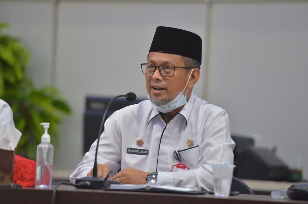 Plh Sekdaprov Riau Hadiri Kegiatan Pelaksanaan Tugas Pemeriksaan LKPD TA 2020