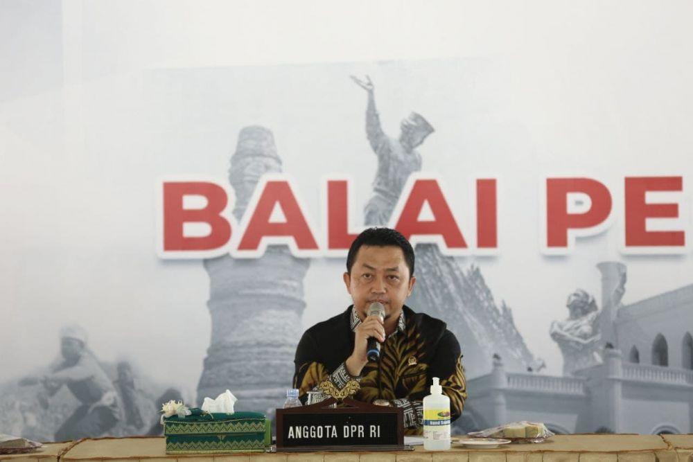 Rapat Lanjutan Pembangunan Riau, Anggota Komisi V DPR RI Sebut Posisi Riau Sangat Strategis