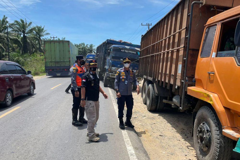 Razia Hari Kedua, Dishub Riau Tilang 94 Kendaraan di Rohil