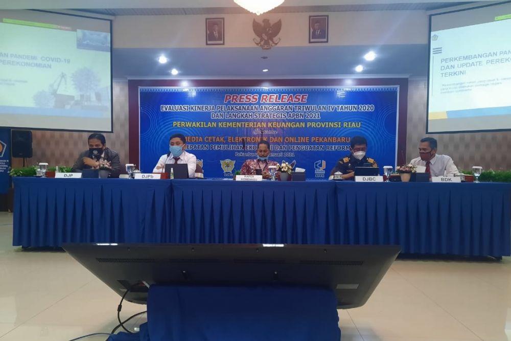 Realisasi Penerimaan Pajak Kanwil DJP Riau Rp14,16 Triliun