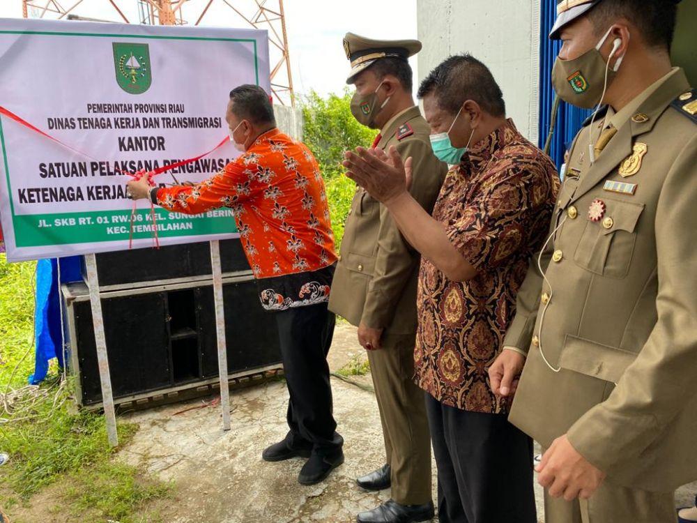 Resmikan Kantor SPPK di Inhil, Kadisnaker Riau Tekankan Penerapan K3