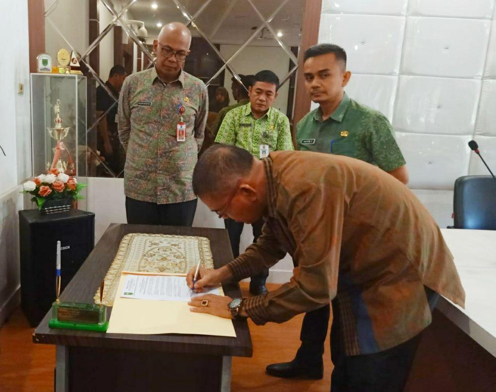 Saksikan Sertijab Pejabat Dilingkungan Disdik Riau, ini Pesan Rudyanto