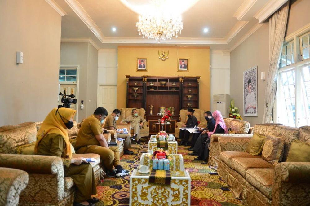 Sampaikan Pertumbuhan Masyarakat Riau, Gubri Terima Kunjungan BPS Riau