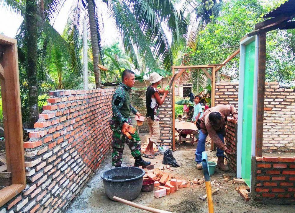 Satgas TMMD Bantu Rehap Rumah Mitra Karib