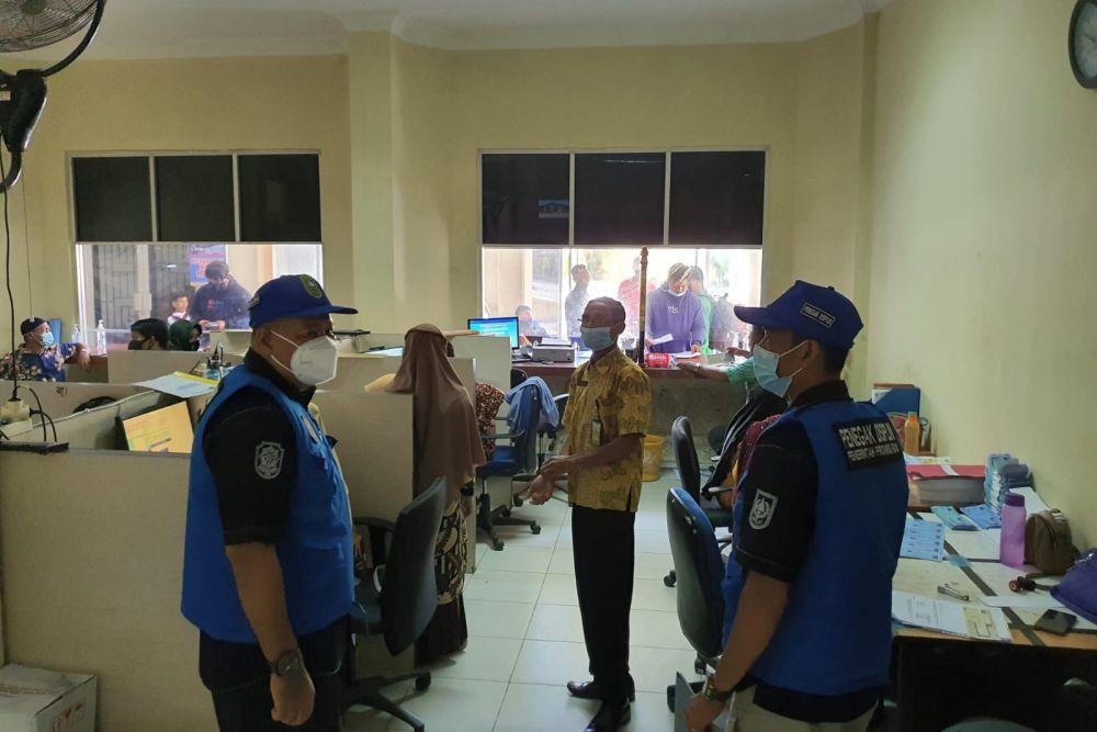 Satpol PP Provinsi Riau Lakukan Pengawasan Disiplin dan Penerapan Prokes COVID-19