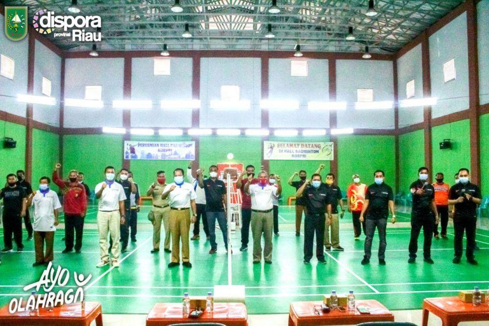 Sempena HUT Korpri Ke 43, Korpri Riau Gelar Turnamen Bulutangkis