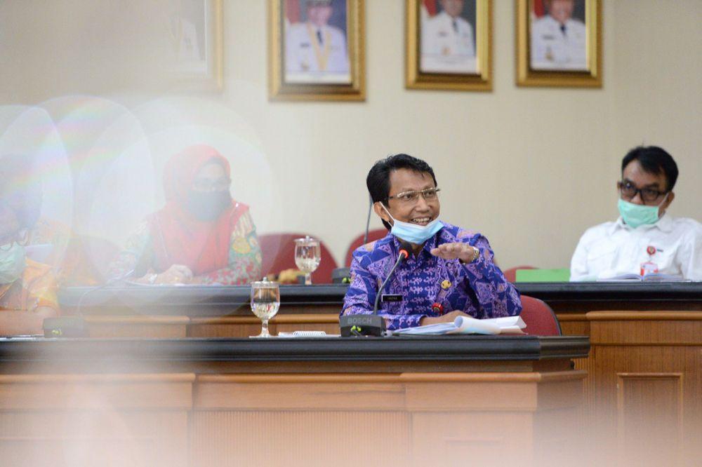 Tambah Dana Penanganan COVID-19, Pemprov Riau Potong Anggaran Perjalanan Dinas OPD Rp71 Miliar