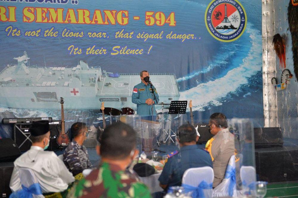 Terima Bantuan KRI Semarang-594, Gubri: Terima Kasih dan Penghargaan Setinggi-tingginya