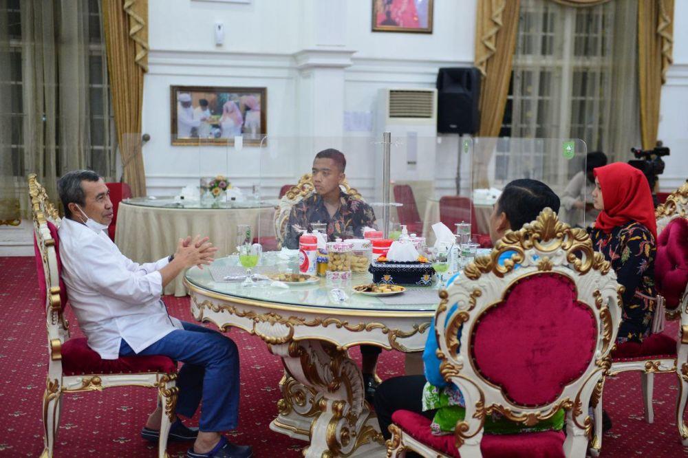 Terima Silaturahmi Paskibraka Nasional Utusan Riau Tahun 2021, Gubri : Jaga Nama Baik Daerah
