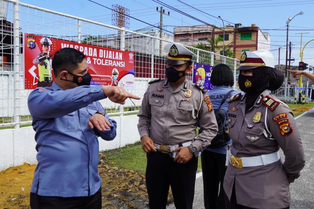 Tim Korlantas Mabes Polri Kunjungi Kampung Tertib Lalu Lintas di Siak
