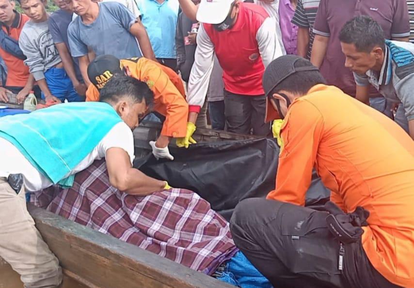 Tim SAR Evakuasi Warga Kampar Tenggelam di Sungai