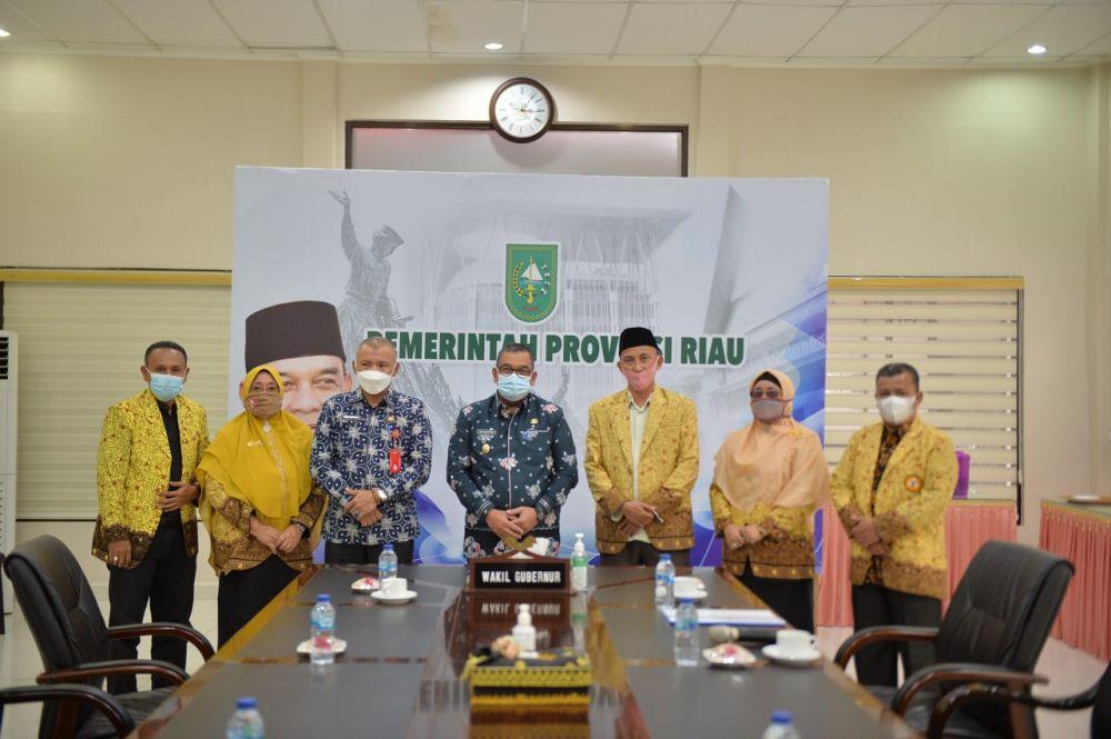 Wagubri Terima Silahturahmi Asosiasi Pengawas Sekolah Indonesia Provinsi Riau
